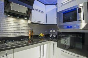 Moderne Küche mit autarken Kochfeld
